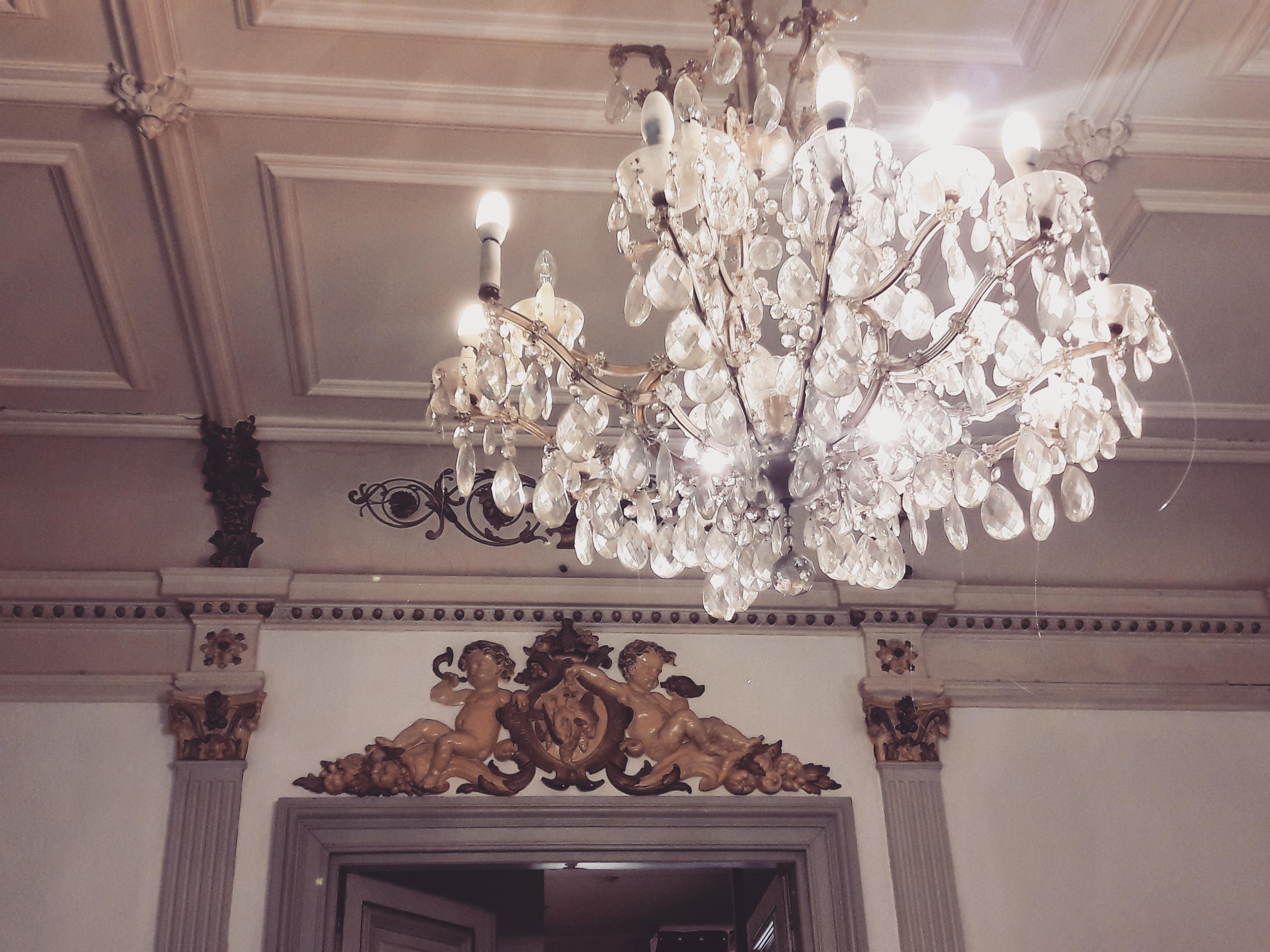 visite insolite de la Canebière dans un hôtel particulier