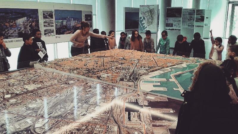 Visite guidée pour les groupes scolaires à Marseille