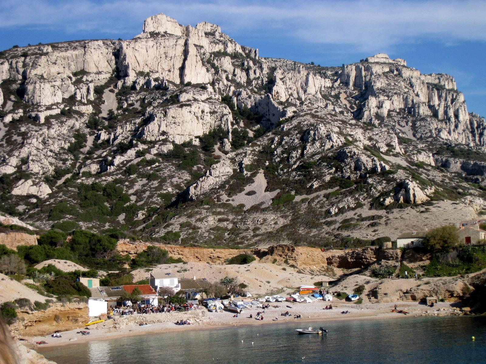 visite guidée dans les calanques de Marseille- passé industriel- Parc Naturel